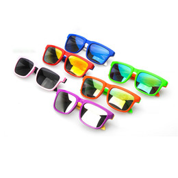 Cheap boys sunglasses online shopping - Retro Cheap Plastic Sunglasses for Kids Hot Brand Designer Cute Baby Beach Sun Glasses in Pink Green for Boys and Girls Sale