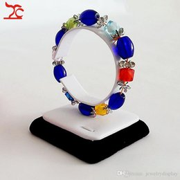 Wholesale Jewelry Display Vertical Bangle Watch Collar Tower Stand for Bracelet Chain Supply Wooden Holder