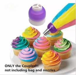 Cupcakes Icing NZ - 3 Color Icing Piping Bag Nozzle Converter Tri-color Cream Coupler Cake Decorating Tools For Cupcake Fondant Cookie