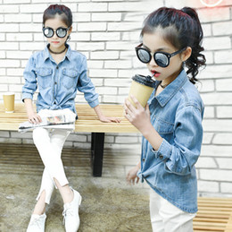 010a1978574 Big girls denim shirt autumn new kids lapel long sleeve jean cardigan  outwear children single breasted double pocket cowboy blouse F0919