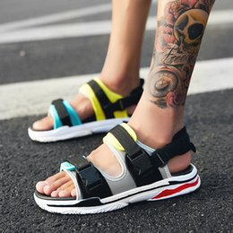Sandals Lighting Canada - Man Sandals Summer Shoes New Breathable Men Slippers Mesh Lighted Casual Shoes Slip on Beach Flip Flops Brand Flip Flops