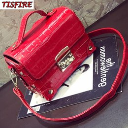 $enCountryForm.capitalKeyWord NZ - 2018 Crocodile brand bag vintage luxury designer box bag makeup leather handbags women fashion handbags shoulder crossbody bags