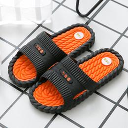 home wear slippers 2019 - Slippers Men's Summer Fashion Home Wear Men's Sandals 2018 New Couple Home Sandals cheap home wear slippers