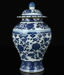 China Pole Australia - China Collectible Old Handwork Painting Blue And White Porcelain Delicate Jar >>>Free shipping