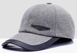 468df46e163 Caps fall winter 2018 new baseball caps middle-aged   old ear protection  men s caps keep warm and cool
