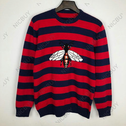 d6ef236c59c6 Diseñador de moda marca de lujo para hombre ropa Europa flocado rojo azul a  rayas BEE LOIVED suéter de lana sudadera jersey Jumpers