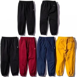 Chinese  18FW BOX LOGO Thicken Sweatpants Luxury Street Hip Hop Autumn Winter Pants Warm Young Casual Outdoor Trousers Pants Sport HFYMKZ121 manufacturers
