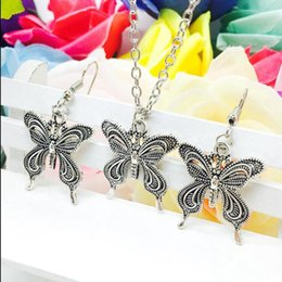 silver butterfly necklace earring set 2019 - 2018 New Hot Sell Antique Silver Butterfly Charm Pendant Necklace Earring Set Fashion Creative Women Jewelry Accessories