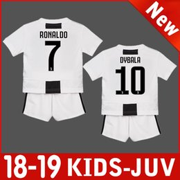 New 18 19  7 RONALDO JUVENTUkids baby kit DYBALA BENTANCUR COSTA 2019 juve  boys home soccer kit jersey MATUIDI Child football sets shirt da3164fa6