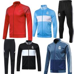 2019 Ramos Real Madrid Chaqueta de fútbol Chándal 18 19 Isco Modric Thai  Calidad Negro Azul entrenamiento de fútbol Ropa deportiva Conjuntos de  chaqueta de ... 8e76010f89e87
