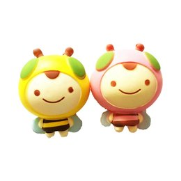 China 12cm Kawaii Squishy Bee Pink And Yellow Decompression Toys Cute Squishies Cartoon Bees Slow Rebound Squeeze Honeybee Dolls suppliers