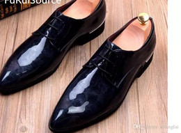 wet brown Canada - Increased wingtip shoes men's fashion casual shoes wet paint in lace-up shoes