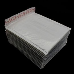 Wholesale 10 pieces pack mm waterproof white pearl film bubble envelope pouch foam mail filled envelope wrap Kraft
