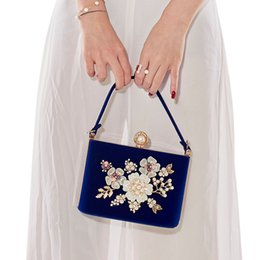 Crystal Pearl Evening Bags Canada - Ladies Velvet Clutch Pearl Crystal Evening Bags Women Velour Party Wedding Hand Bag Bridal Luxury Mini Day Purse bolsos