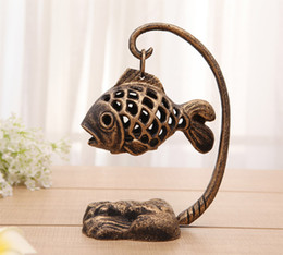 $enCountryForm.capitalKeyWord NZ - Vintage Cast Iron Garden Lantern Fish Form Japanese Lamp Table Tealight Tea Light Holder Home Decorations Metal Candle Holders Retro Bronze
