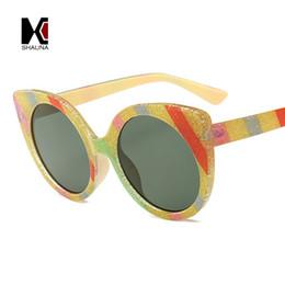 80c5dd58696a5 SHAUNA Glitter Rainbow Frame Sun Glasses Women Cat Eye Sunglasses  Multicolor Stripe