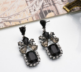 $enCountryForm.capitalKeyWord NZ - New style black block Earrings Made with Swarovski Crystal Fine jewelry Inlaid Austria Crystal Glittering Not fading brand Elegant Ear Studs