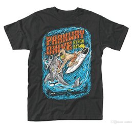 Ingrosso T-Shirt Parkway Drive 'Shark Punch' - NUOVO UFFICIALE!