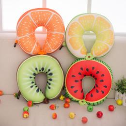 30 * 30 cm U-forme Pillow Fruits couleur Oreiller de cou en peluche Bolster Oreillers confortables pour Textile de maison de sommeil 4 couleurs