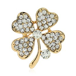 China flower brooch full of rhinestone shop china online zinc casting gold nickle free plating 7g piece cheap china wedding shop suppliers