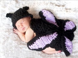 Wholesale newborn crochet girls butterfly costumes photo prop wool knit newborn lovely photograph beanies cloak handmade infant outfit