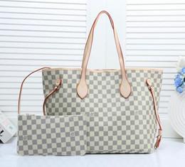Luxus Frauen Umhängetasche Aus Weichem Leder TopHandle Taschen Damen Quaste Tote Handtasche Hochwertige Damenmode Taschen Hobo 2 / pcs im Angebot