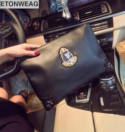 men brand hand bags 2019 - Factory brand men bag personality street embroidery devil's head men handbag fashion embroidery men shoulder bag so