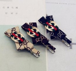 Duck pins online shopping - Retro Red Green Striped Bowknot Hair Clips Brand Letters logo Hair Clamps Duck Clips Barrette Bobby Pins Women Hair Accessories