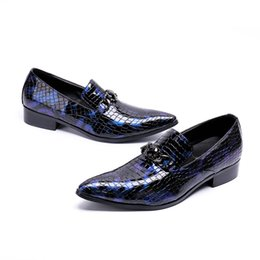 dress designers shoes for men UK - British style oxford alligator shoes for men patent genuine leather pointed toe wedding dress designer shoes sapatos masculinos