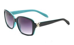 Venta al por mayor de Fashion Lady Classic Sunglasses TC 4047 con funda TF Case Card y diseño de la caja Designer UV400 Anti-radiation Lens Designer Design Protect Eye