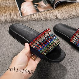 womens slippers Canada - 2018 mens and womens fashion multicolor crystal-embellished rubber slides sandals boys girls outdoor beach flat slippers