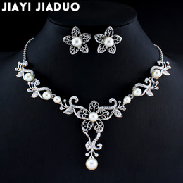$enCountryForm.capitalKeyWord NZ - jiayijiaduo Wedding jewelry set for the charm of women flowers imitation pearl necklace earrings sets of dress jewelry dating