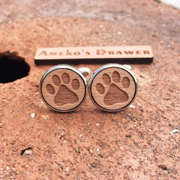 $enCountryForm.capitalKeyWord Canada - Wild Animal Style Laser Engraved Cufflinks Bear's Paw Wooden Cufflinks Footmarks Stud Bear Suit Accessory X 1 Pair