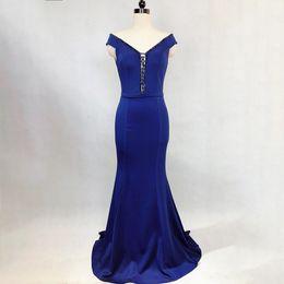 Beaded Mermaid Prom Pageant Dress Canada - 2018 Elegant Black Evening Dresses Beaded V-Neck Front Lace up Mermaid Formal Evening Prom Pageant Gown Plus Size prom dresses