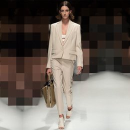 $enCountryForm.capitalKeyWord Australia - Jacket+Pants Light Beige Women Business Suits Formal Office Suits Work Office Uniform Style 2 Piece Female Trouser Suit Custom