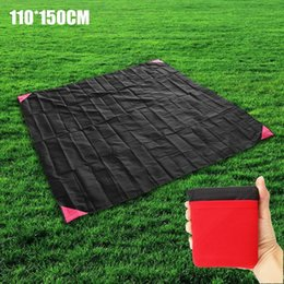 folding picnic mats NZ - 110*150cm Travel Picnic Mat Handy Camping Folding Portable Pockets Waterproof Beach Mat Family Day Outdoor Activities