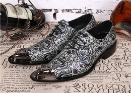 $enCountryForm.capitalKeyWord NZ - 2018 Hot Style British printed retro beautiful hair with high men's shoes business party dress shoes Men's Dress Wedding Shoes N129