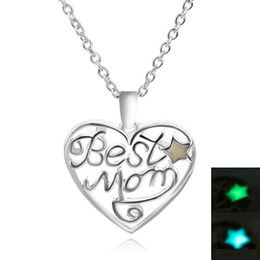glow dark jewelry UK - New Wholesale- Daughter & Best Mom Love Heart Chic Punk Glow In Dark Pendant Necklace Mothers Day Gifts For Mom Luminous Jewelry
