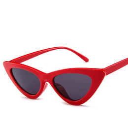 Chinese  Fashion Cat Eye Sunglasses for women and men Exquisite workmanship Fashion triangle transparent ocean personality sunglasses manufacturers