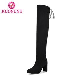 f473305b95 JOJONUNU Plus Size 32-48 Mulheres Botas de Salto Alto Estiramento Rendas  Até Sapatos de Inverno Para As Mulheres Nova Moda Manter Quente Coxa Botas  Altas