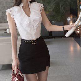 6a1c75a196 Blusa Blanca Falda Negra Online