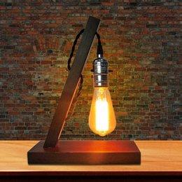 Großhandel europäische Tischlampe 7 Wörter E27-Verbindungsstück Retro- nostalgische hölzerne kreative Tischlampe Café-Schreibtischlampe der festen Holzpersönlichkeit