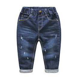 $enCountryForm.capitalKeyWord Canada - Boys & Girls Ripped Jeans Spring Summer Fall Style Trend Denim Trousers For Kids Children Distrressed Hole Pants Size 2-6T