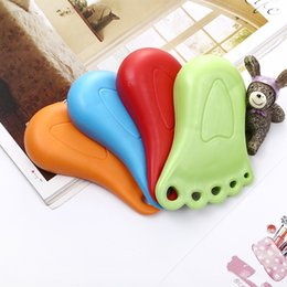 Discount cute door stoppers - Door Stopper Catches Closers Baby Children Protect Safety Cute Foot Shape Plastic Creative Anti Wind Thick Nontoxic Mate