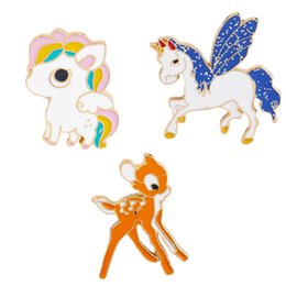cute gifts for friends UK - Cute Cartoon Animal Brooch for Women Girls Deer Horse Unicorn Suit Shirt Lapel Pin Jewelry Gift for Friends Family Fashion Accessories