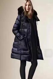 7e62988a8e227 B Marca de invierno Colección Winter Women Down Coat X-Long Down Parka 100%  abrigo de piel de mapache real para mujeres en estilo europeo 2