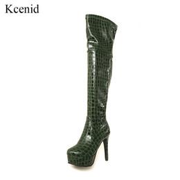 6750d54d5 Kcenid Charol sexy muslo botas de tacón alto invierno mujer sobre la  rodilla botas más tamaño zapatos plataforma zipper negro verde