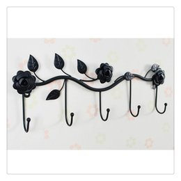 $enCountryForm.capitalKeyWord Australia - Black White Garden Floral Pattern Wall Mounted 5 Coat Hook   Clothing Rack   Key Holder   Hat Hanger