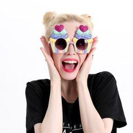 Amor cupcakes gafas divertidas regalos de cumpleaños personalidad gafas de sol accesorios divertidos linda fiesta de juguete suministros