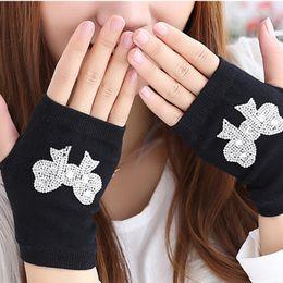 $enCountryForm.capitalKeyWord Australia - Gloves Women Girl New Women Fashion Diamond Short Keep Warm Combed cotton Gloves Womens Luvas#LSJ